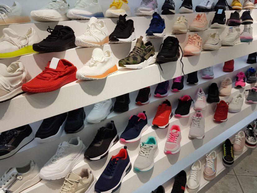 Bỏ sỉ giày tại các xưởng chuyên sỉ giày dép và 4 điều cần cần lưu ý